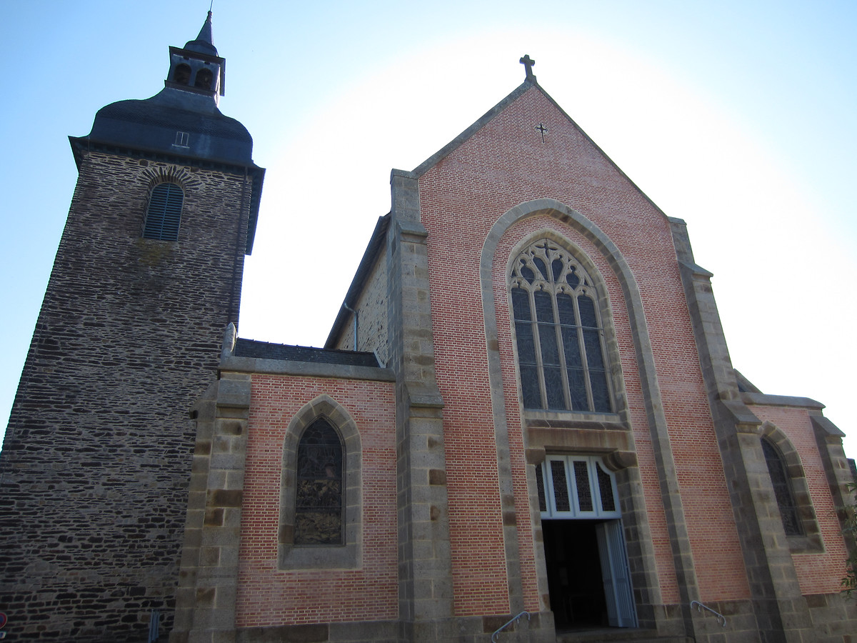 EGLISE DE PLELAN-LE-GRAND